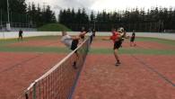 SEMECHNICE - Tělovýchovná jednota Sokol Semechnice uspořádala na posvícenskou sobotu již 32. ročník nohejbalového turnaje trojic o putovní pohár Grand Prix Semechnice. K prezenci se tentokrát dostavilo devět kvalitních