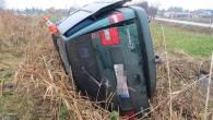 """HRADECKO – V pondělí 23. listopadu krátce po 11. hodině dopolední na silnici III. třídy v katastru obce Lodín došlo k havárii osobního auta. """"Řidič auta značky Citroen Evasion pravděpodobně"""
