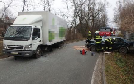 """BOROHRÁDEK – VHusově ulici vBorohrádku došlo 17. prosince ke střetu osobního a nákladního automobilu, na místo jela místní dobrovolná jednotka a profesionální jednotka ze stanice Rychnov nad Kněžnou. Hasiči provedli<a class=""""moretag"""" href=""""http://www.orlickytydenik.cz/hasici-zasahovali-u-dopravni-nehody/"""">...celý článek</a>"""