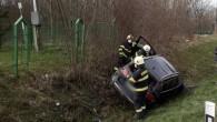 DOBRUŠKA – Na silnici č. 14 zajistila 13. dubna profesionální jednotka zDobrušky místo dopravní nehody osobního automobilu, který vyjel mimo komunikaci a skončil vpříkopu. Řidič se nacházel při příjezdu hasičů